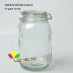 Glass jar wth sliver clips